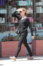 FELICITY HUFFMAN Out and About in Beverly Hills 04/27/2017