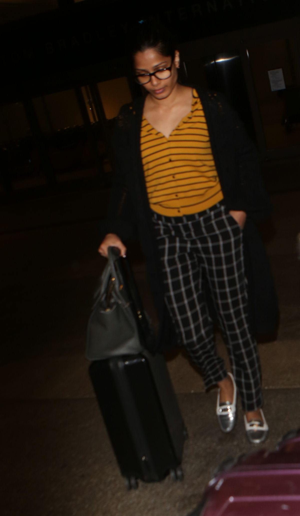 FREIDA PINTO at Los Angeles International Airport 04/10/2017