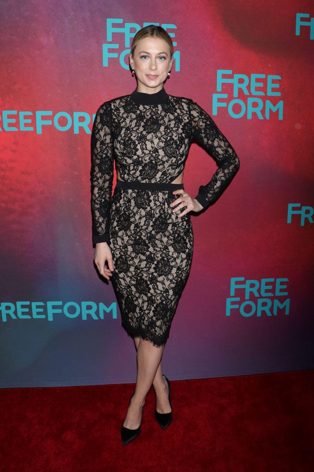 Iliza Shlesinger At 2017 Freeform Upfront In New York 04 19 2017 Hawtcelebs