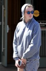 IRELAND BALDWIN Out and About in Los Angeles 03/31/2017