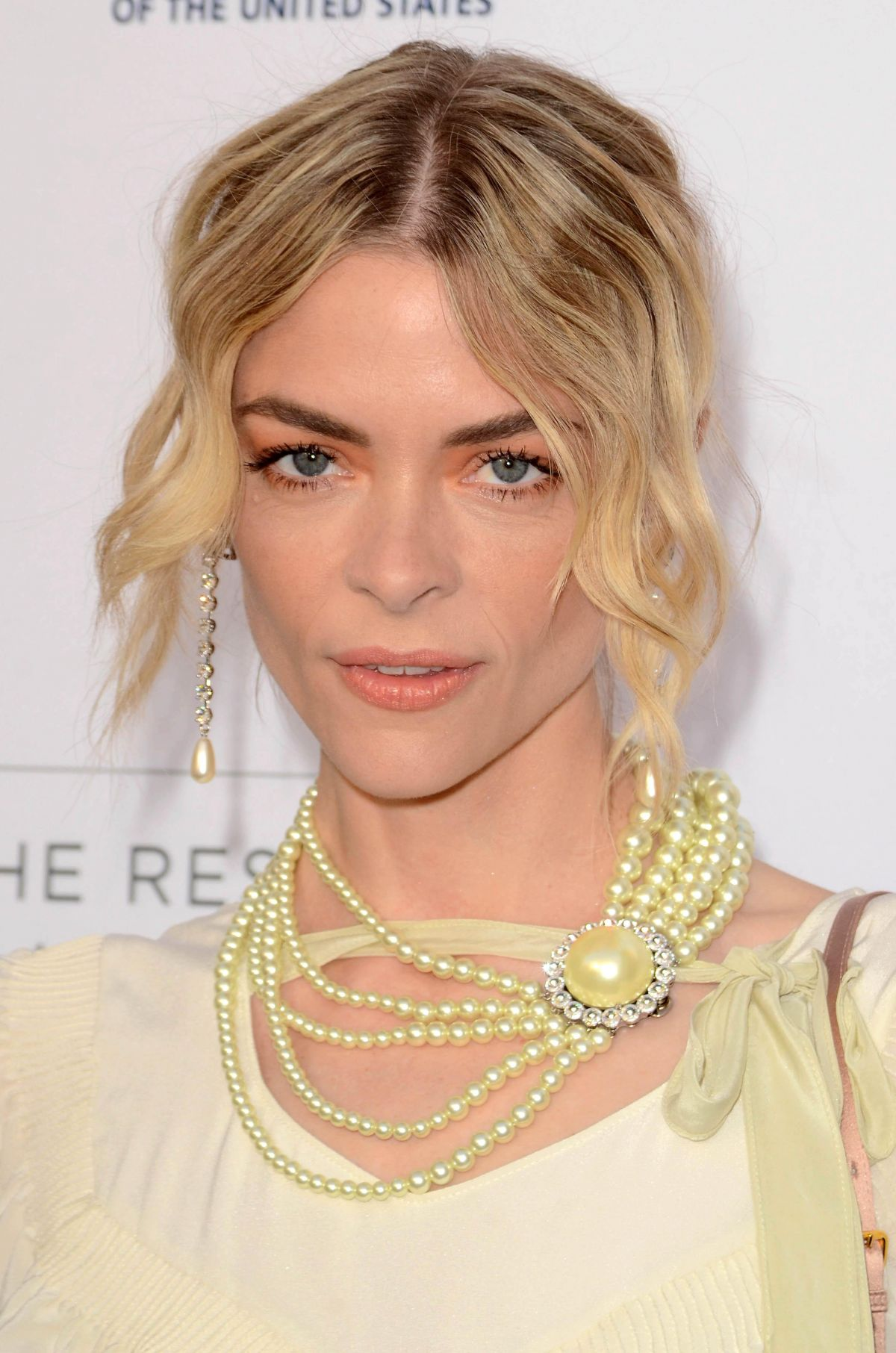 JAIME KING at To the Rescue! Fundraising Gala in Los Angeles 04/22/2017