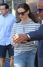JENNIFER GARNER at Crumbs and Whiskers in West Hollywood 04/15/2017