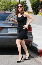 JENNIFER GARNER Leaves a Hair Salon in Brentwood 04/11/2017