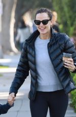 JENNIFER GARNER Out and About in Los Angeles 04/20/2017