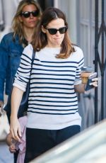 JENNIFER GARNER Out in Los Angeles 04/28/2017