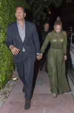 JENNIFER LOPEZ and Alex Rodriguez Out for Dinner in Miami 04/21/2017