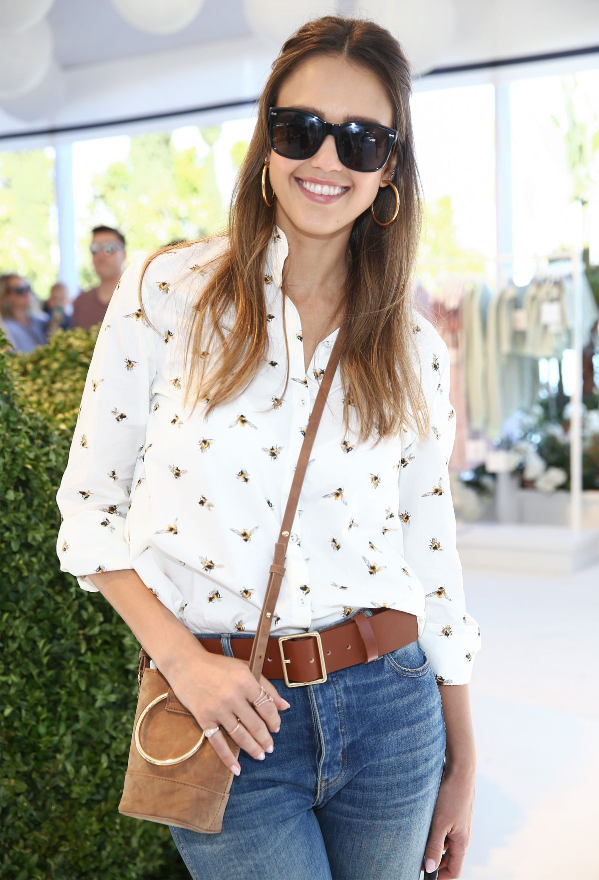 http://www.hawtcelebs.com/wp-content/uploads/2017/04/jessica-alba-at-victoria-beckham-for-target-garden-party-in-los-angeles-04-01-2017_3.jpg