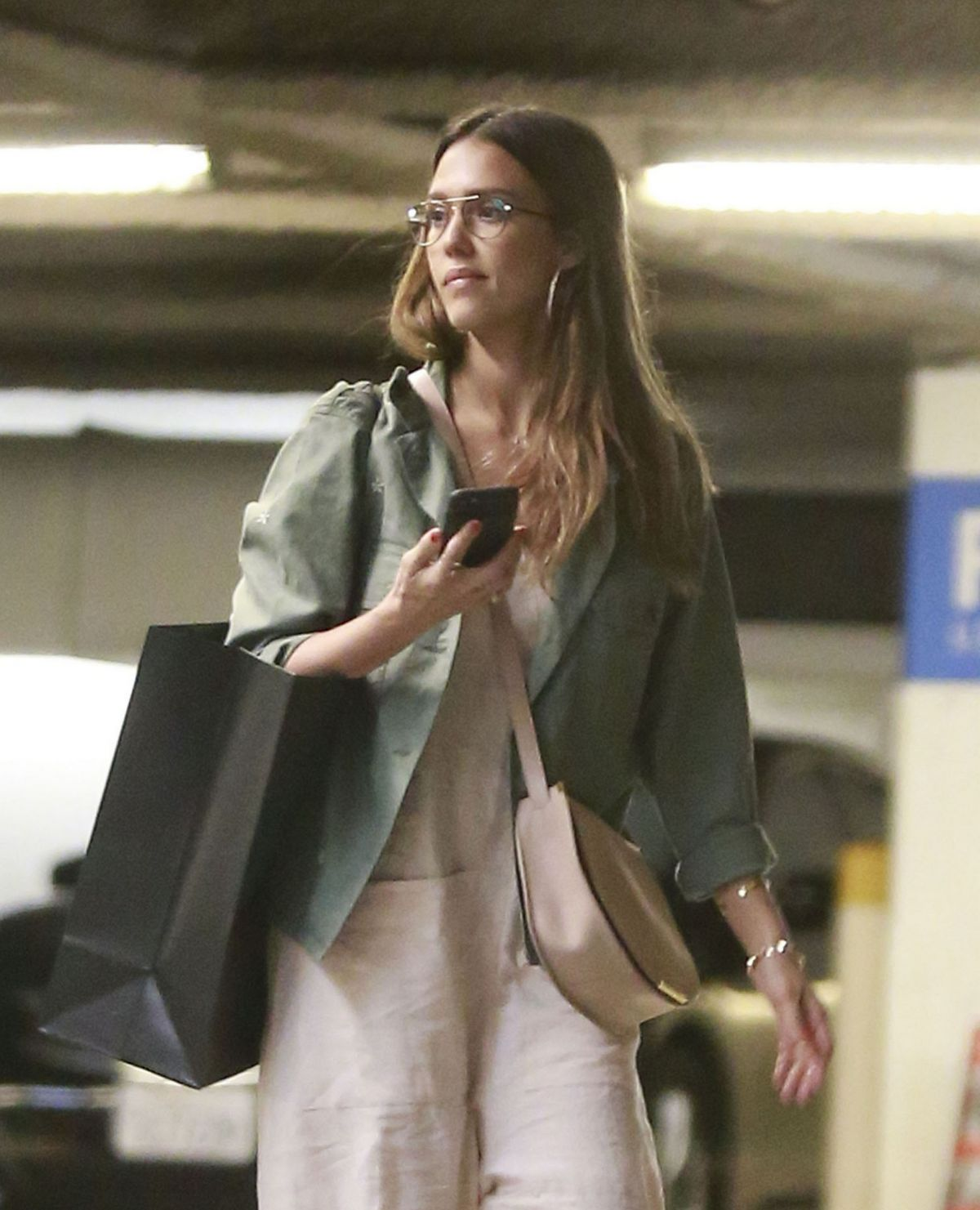 JESSICA ALBA Out and About in Los Angeles 04/22/2017