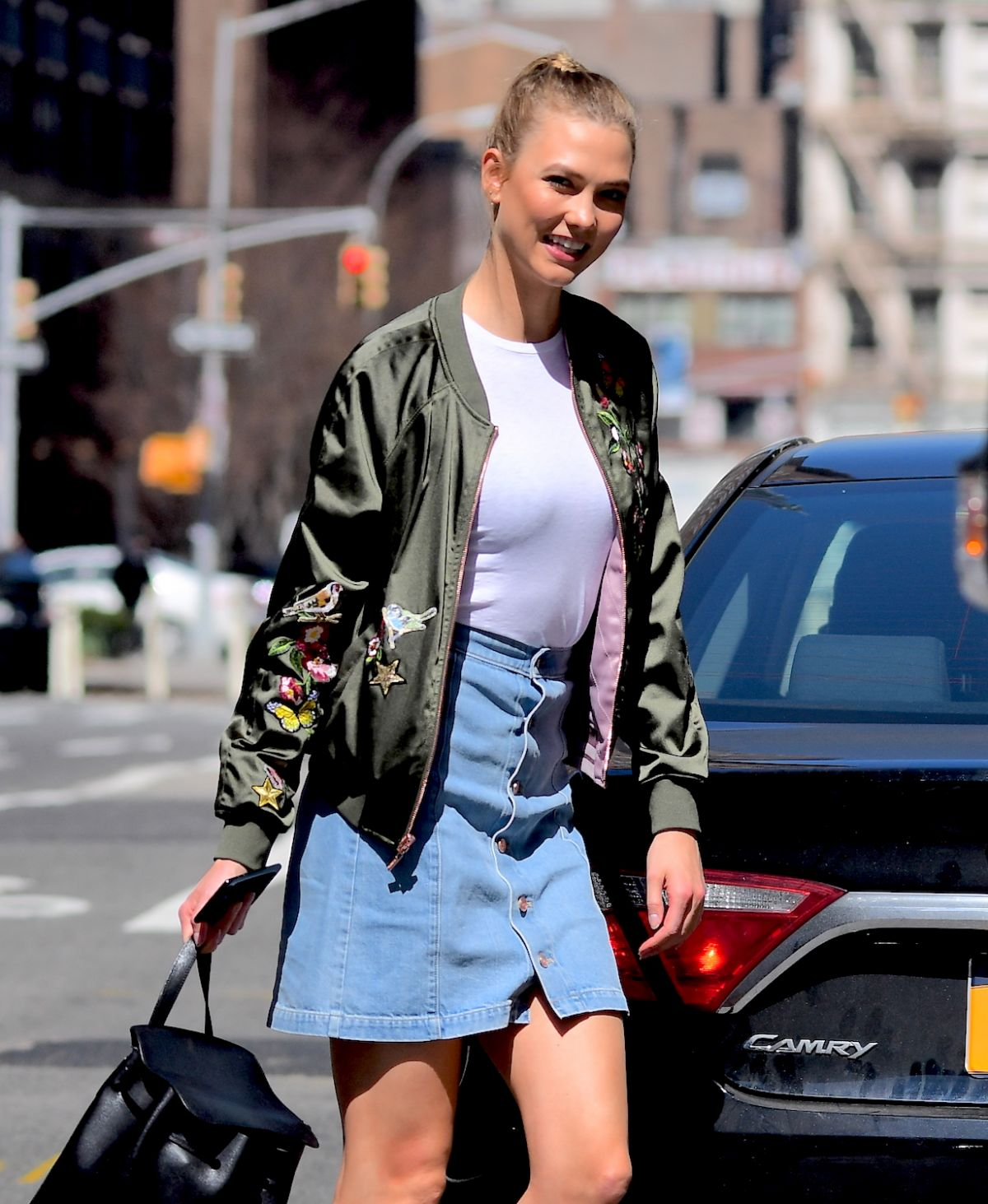 KARLIE KLOSS Out Shopping in New York 04/10/2017