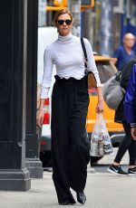 KARLIE KLOSS Out Shopping in New York 04/23/2017