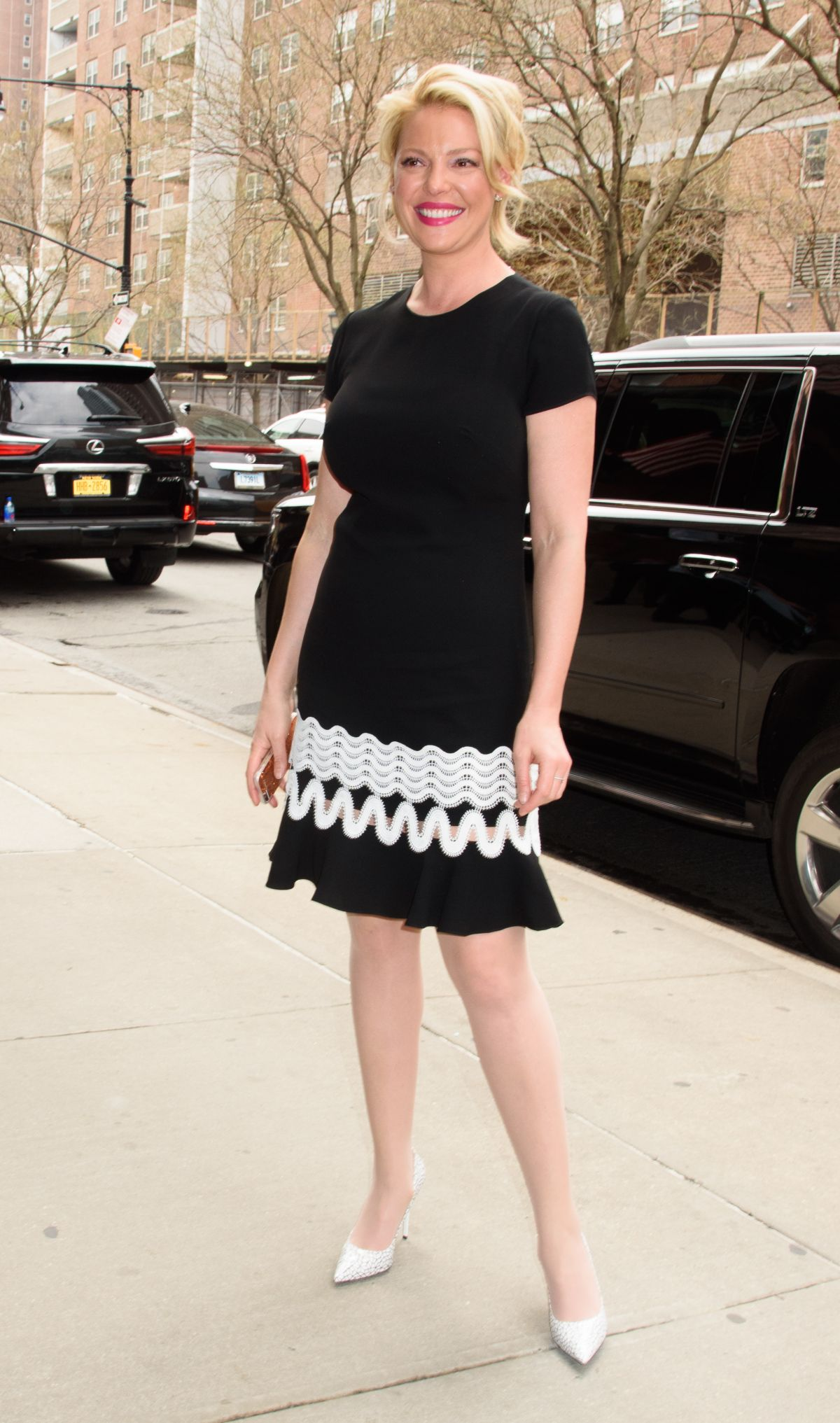 KATHERINE HEIGL Arrives at Her Hotel in New York 04/20 ...