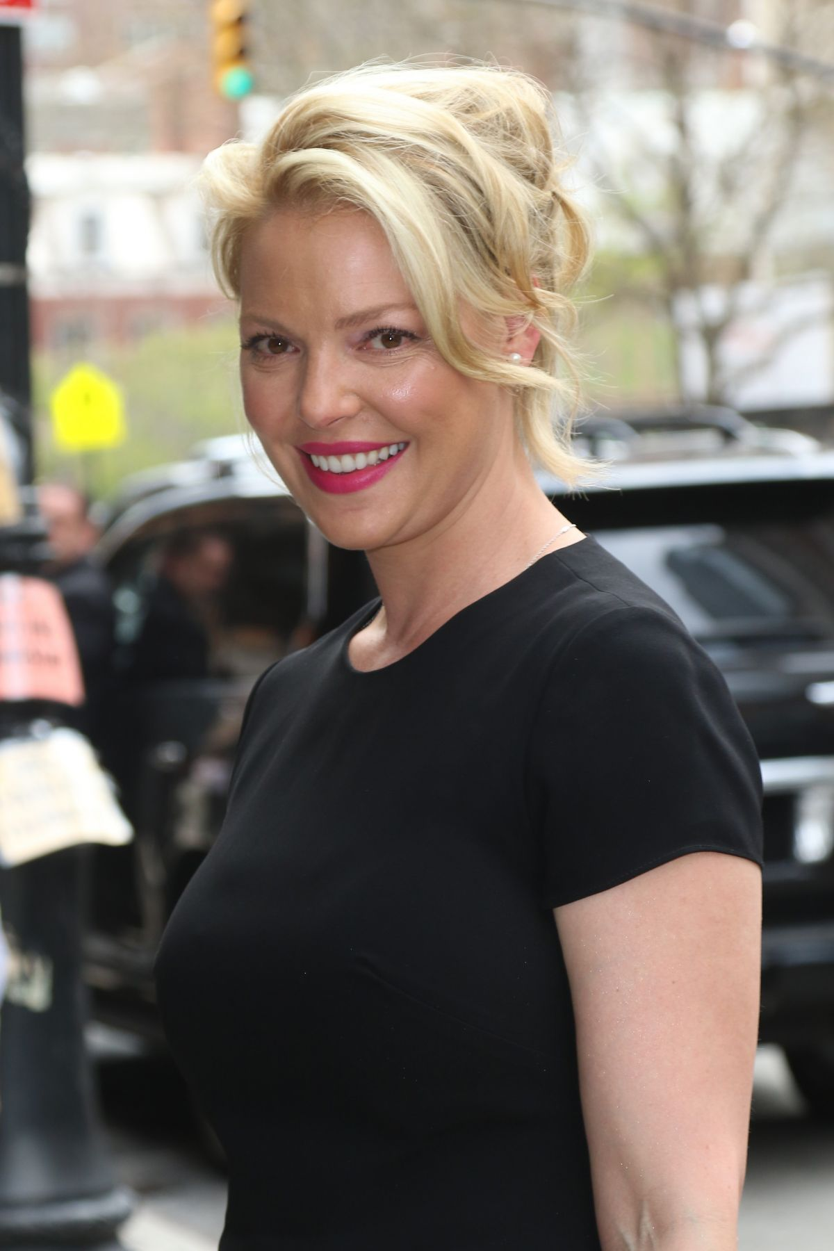 KATHERINE HEIGL Arrives at The Chew in New York 04/20/2017 ...