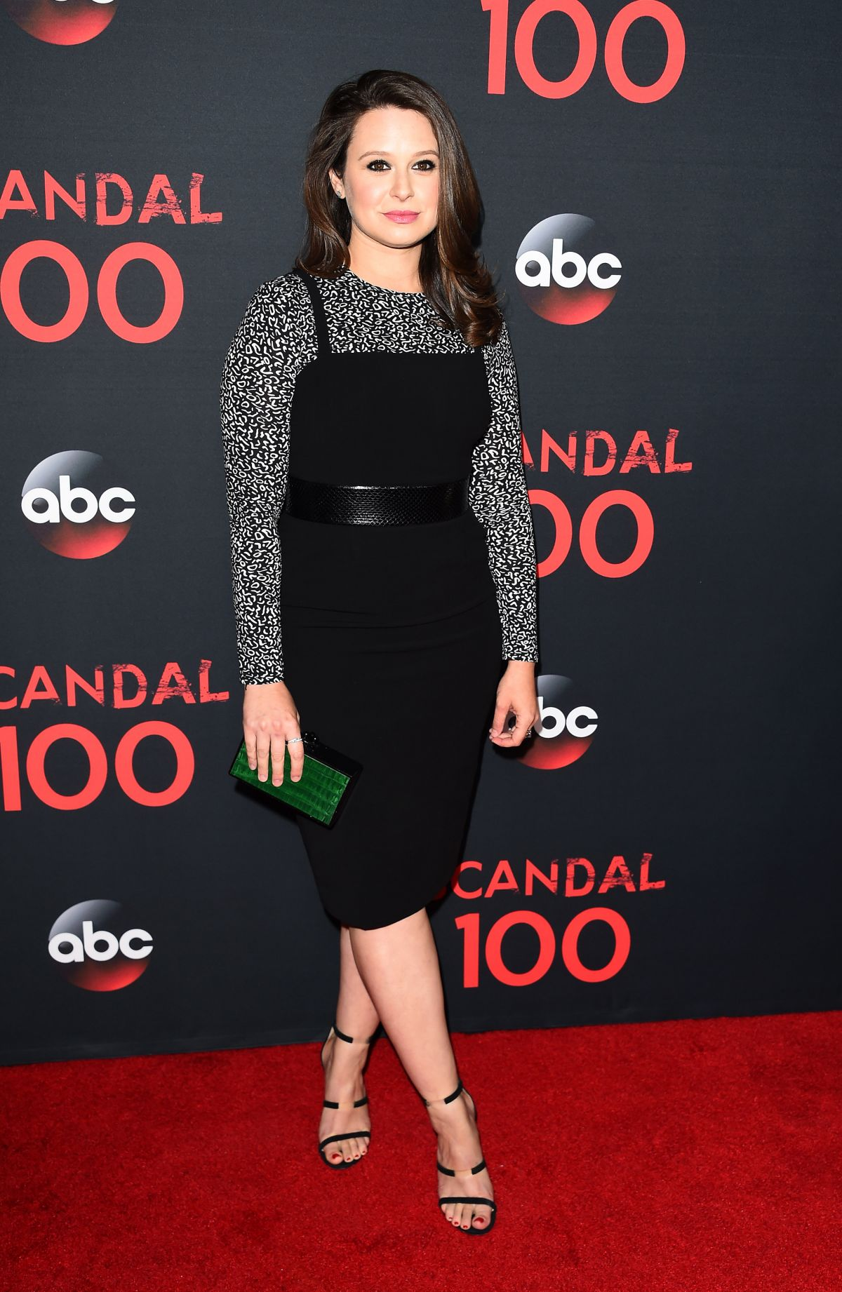 Katie Lowes Katie Lowes new pics