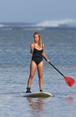 KENDRA WILKINSON Paddle Boarding on Vacation in Hawaii, April 2017