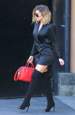 KHLOE KARDASHIAN Leaves a Studio in Los Angeles 04/20/2017
