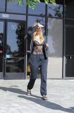 KHLOE KARDASHIAN Out and About in Los Angeles 04/05/2017