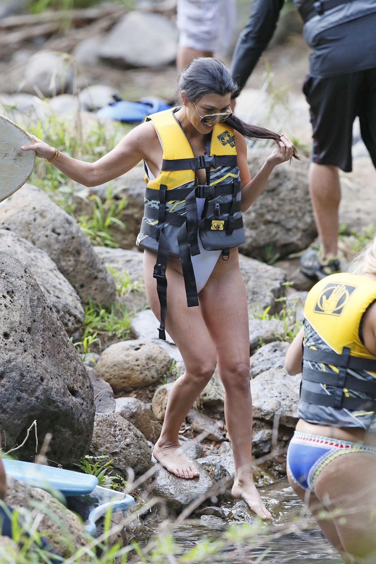KOURTNEY KARDASHIAN in Swimsuit on Vacation in Hawaii 04/02/2017