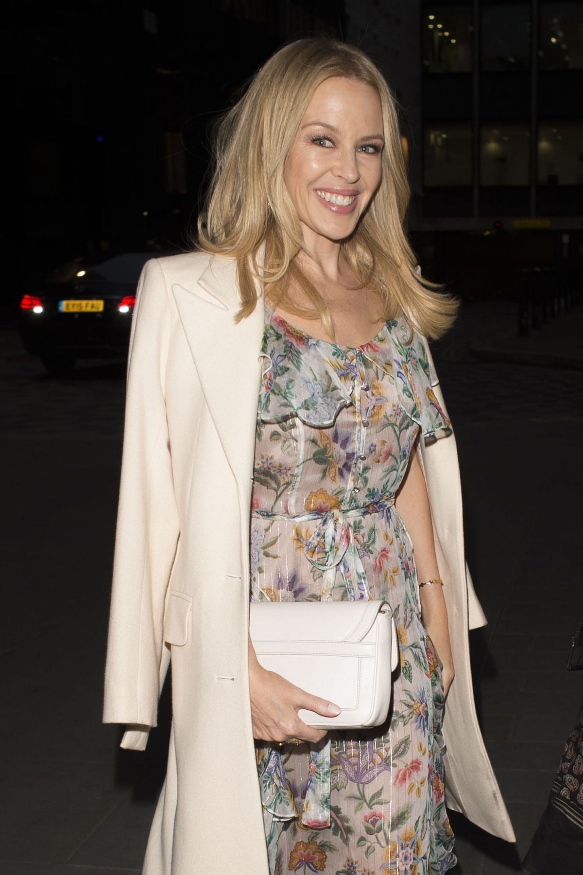 KYLIE MINOGUE Out for Dinner in London 04/04/2017