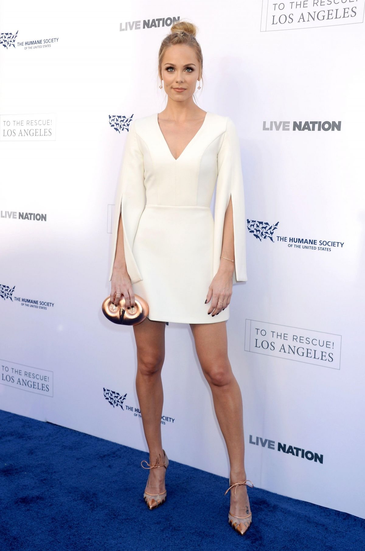 LAURA VANDERVOORT at To the Rescue! Fundraising Gala in Los Angeles 04/22/2017