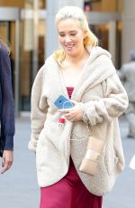 MAMA JUNE at a New York City Post Office 04/10/2017