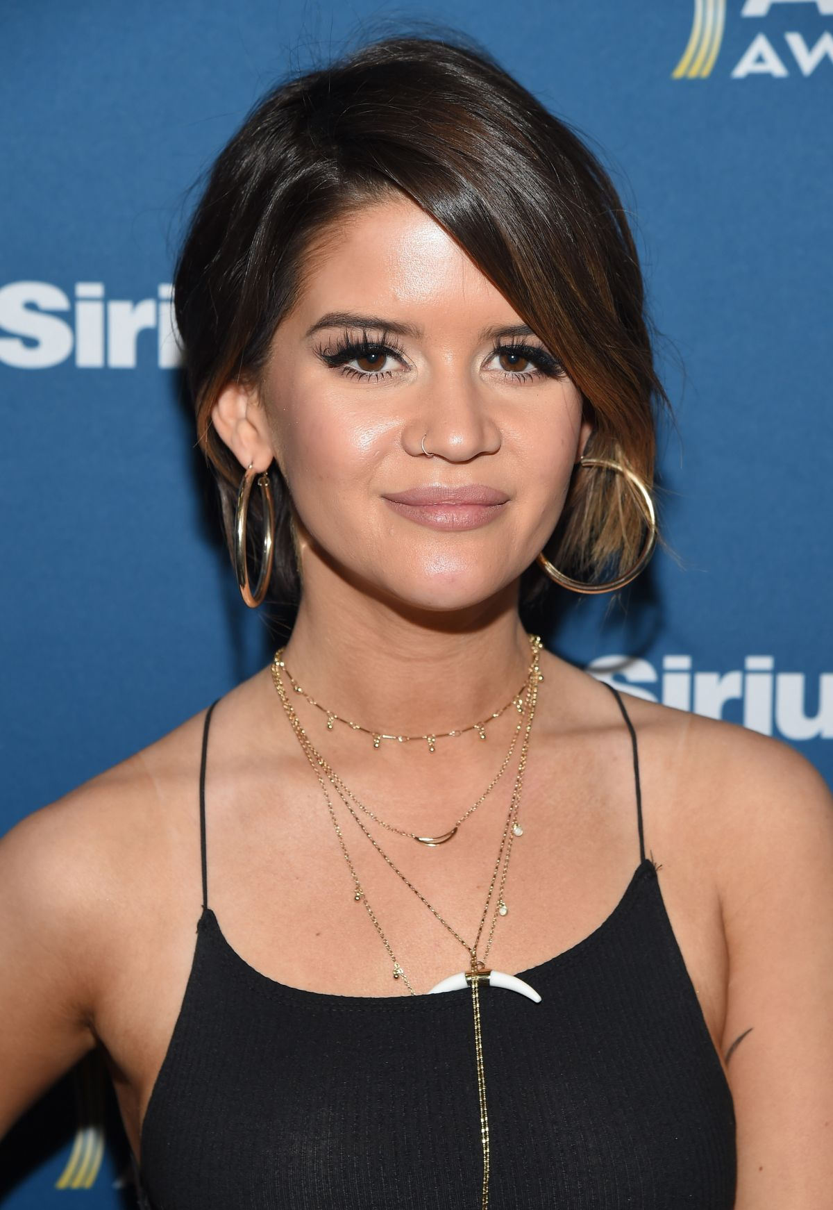MAREN MORRIS at Highway Channel Broadcasts Backstage at T-Mobile Arena in Las Vegas 03/31/2017