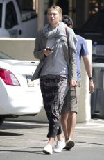 MARIA SHARAPOVA Out for Lunch in Los Angeles 04/11/2017