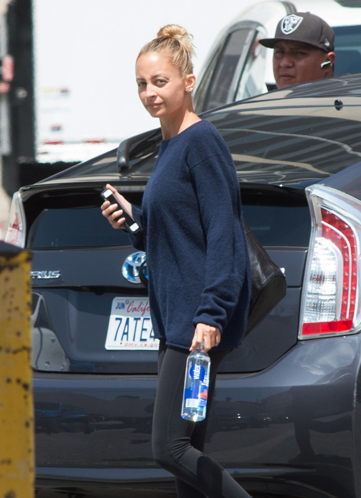 NICOLE RICHIE Out and About in Los Angeles 04/20/2017