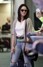 OLIVIA MUNN at Vancouver International Airport 04/17/2017