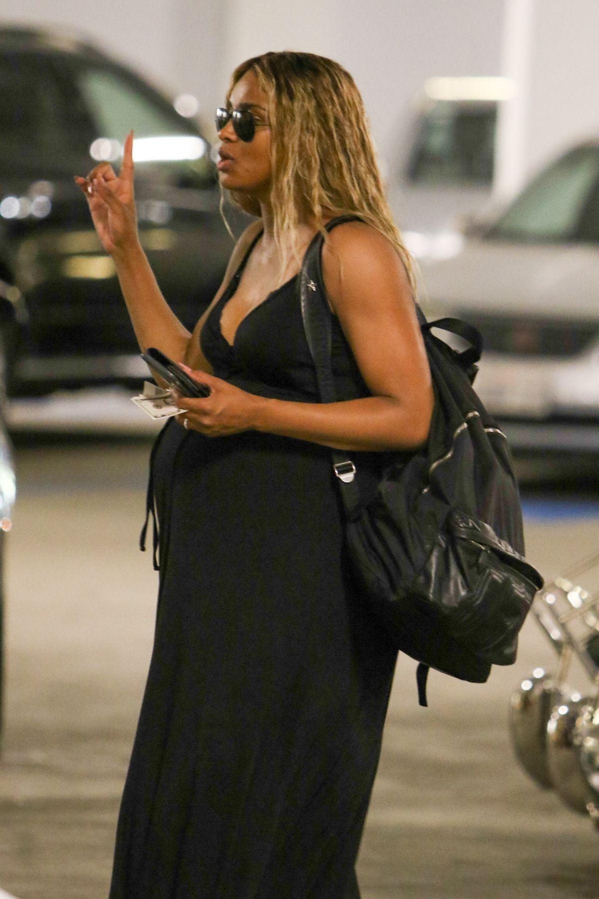 Ciara Pregnant 23
