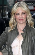 SARAH MICHELLE GELLAR Arrives at Good Morning America in New York  04/03/2017
