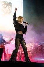 SHANIA TWAIN at Stagecoach Music Festival 2017 in Indio 04/29/2017