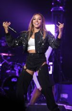 TINASHE Performs at ACLU Benefit Concert in Los Angeles 04/03/2017