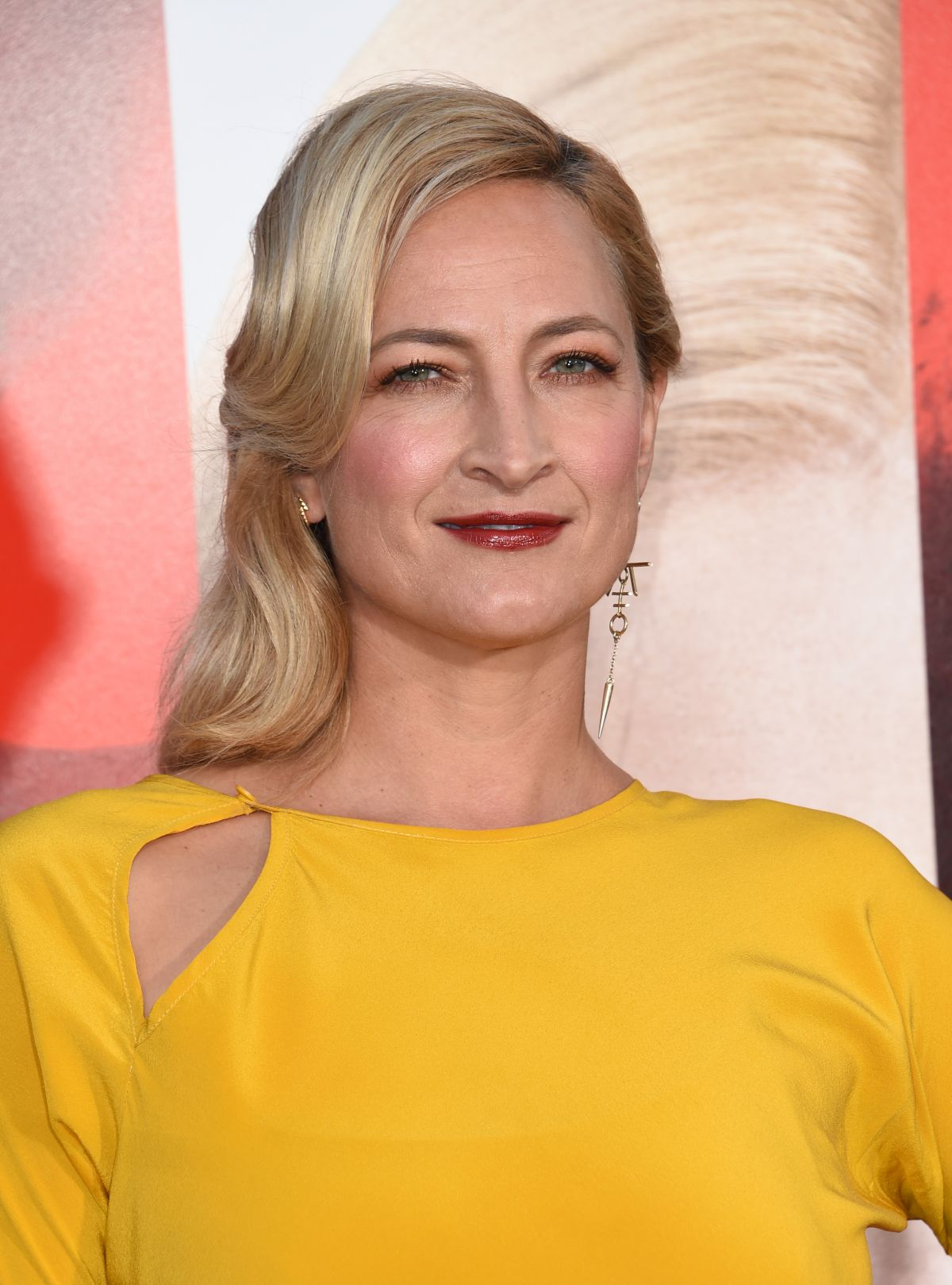 ZOE BELL at Unforgettable Premiere in Los Angeles 04/18 ...
