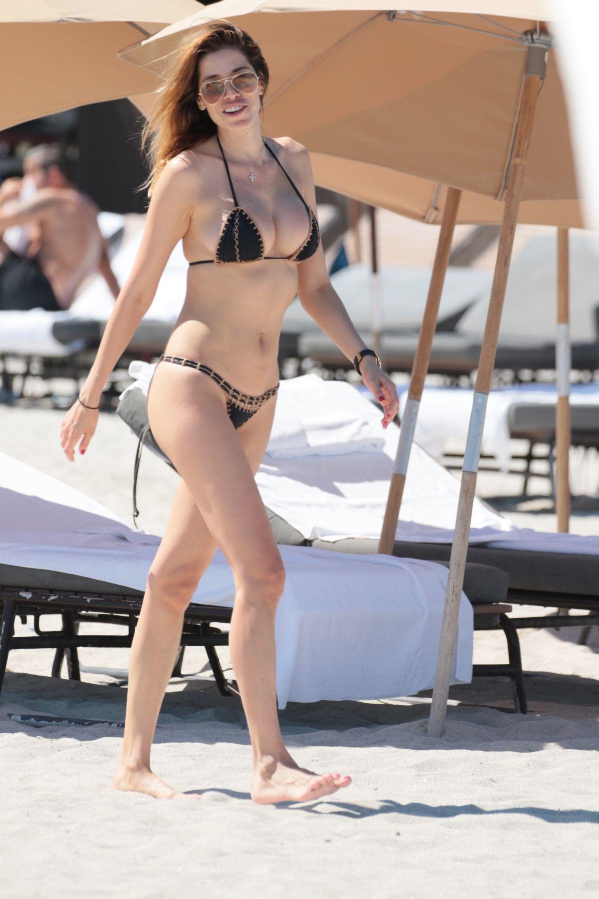 AIDA YESPICA in Bikini at a Beach in Miami 05/07/2017
