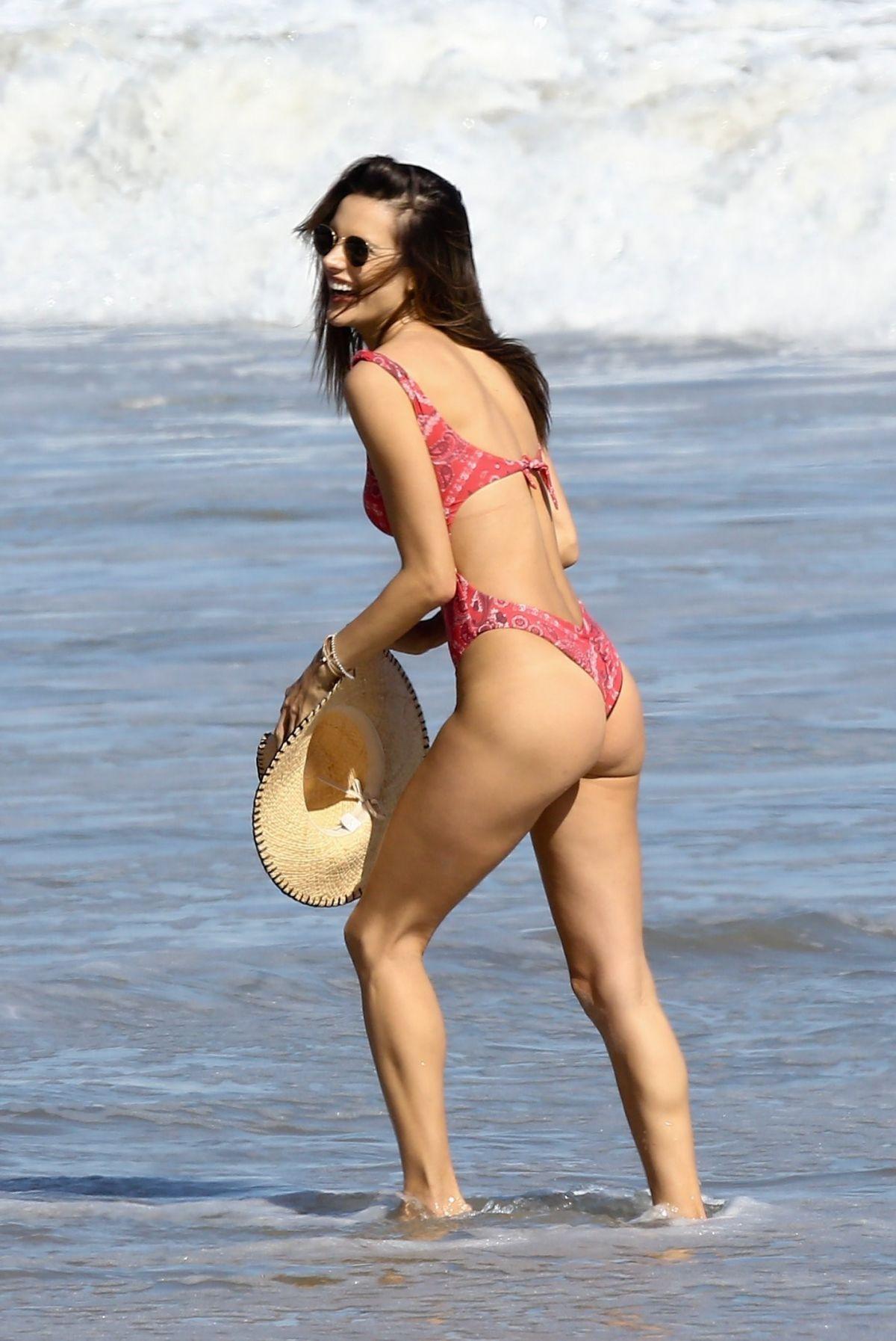 Sexy female midget models