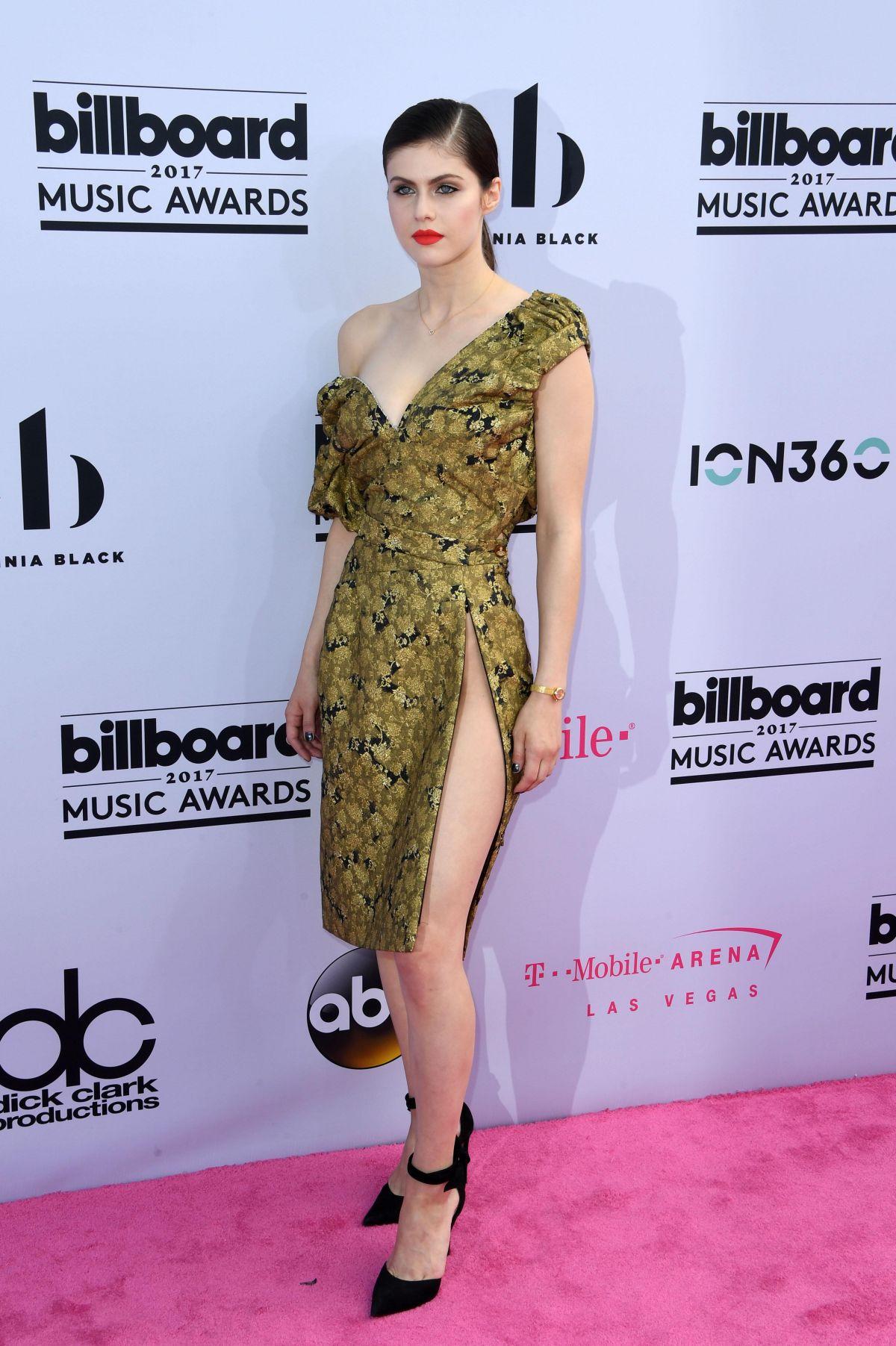Alexandra Daddario At Billboard Music Awards 2017 In Las
