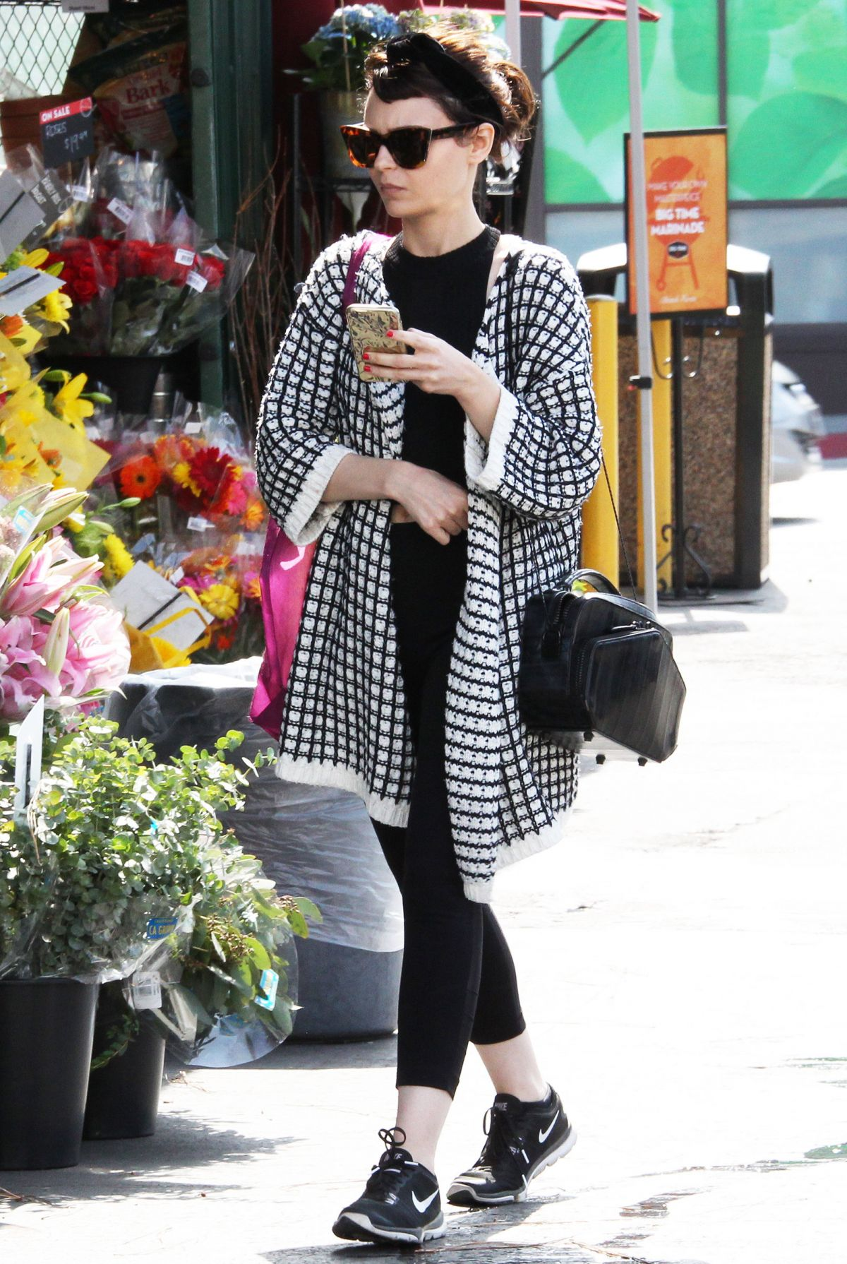 ALEXANDRA KROSNEY Shopping at Grocery Store in West Hollywood 05/30/2017