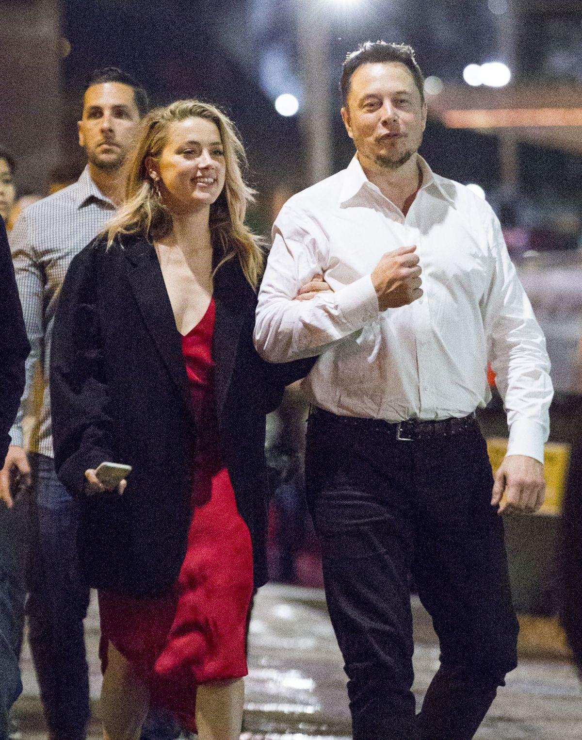 AMBER HEARD and Elon Musk Out in Sydney 05/28/2017