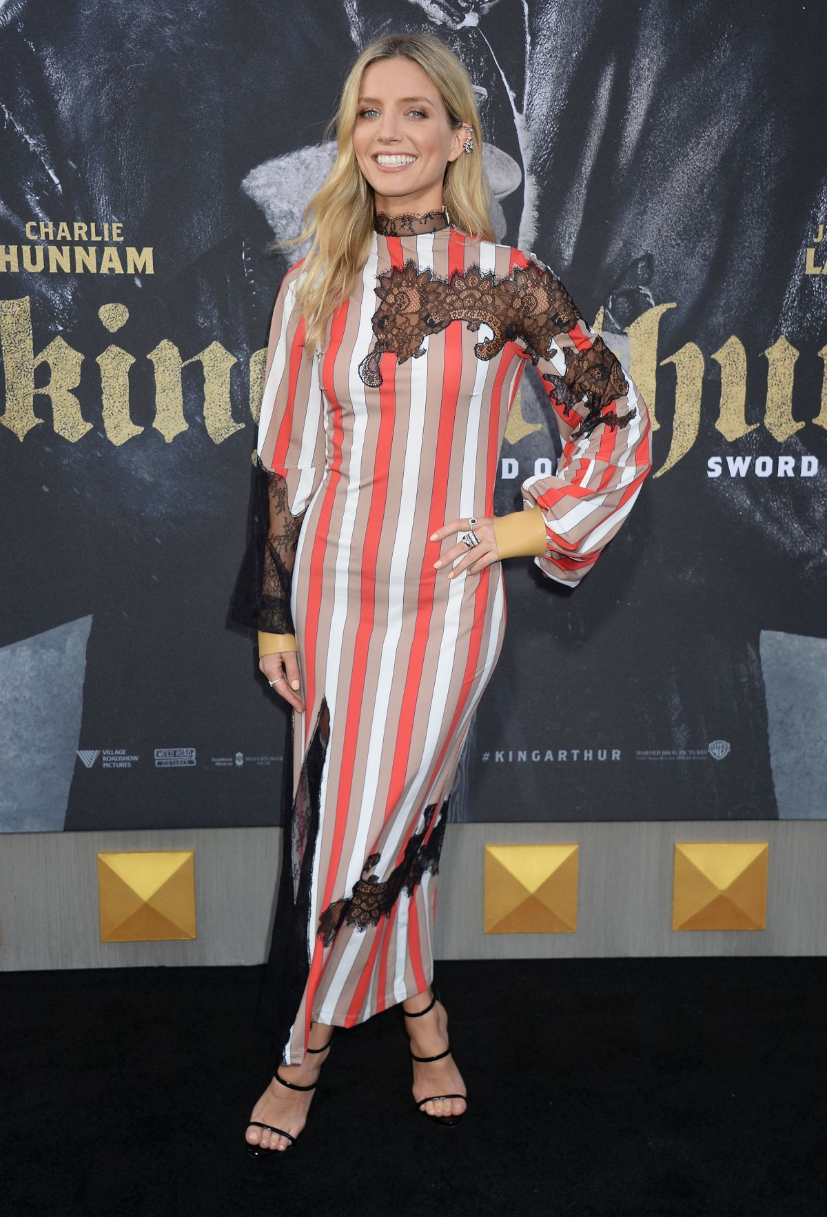 annabelle wallis at king arthur legend of the sword premiere in