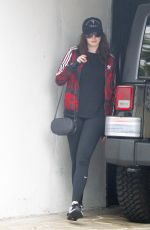 ANNE HATHAWAY Arrives at a Gym in West Hollywood 05/26/2017