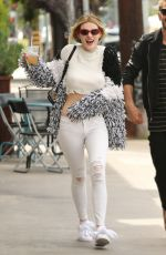 BELLA and DANI THORNE Out for Lunch in Los Angeles 05/08/2017