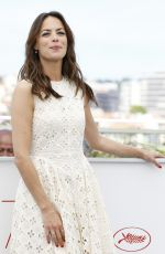 BERENICE BEJO at Redoubtable Photocall at 2017 Cannes Film Festival 05/21/2017