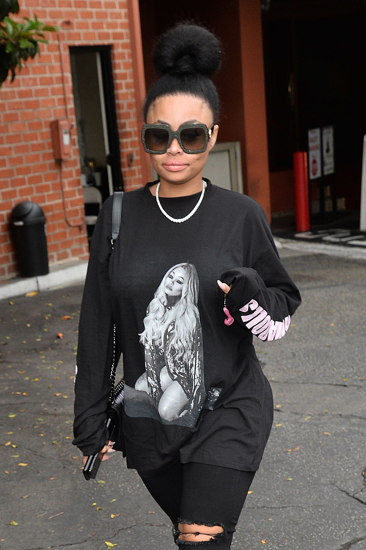 BLAC CHYNA Out for Lunch in Los Angeles 05/30/2017