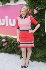 ELISABETH MOSS at Hulu Upfront in New York 05/03/2017