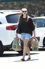 ELIZABETH OLSEN Out for Grocery Shopping in Los Angeles 05/03/2017