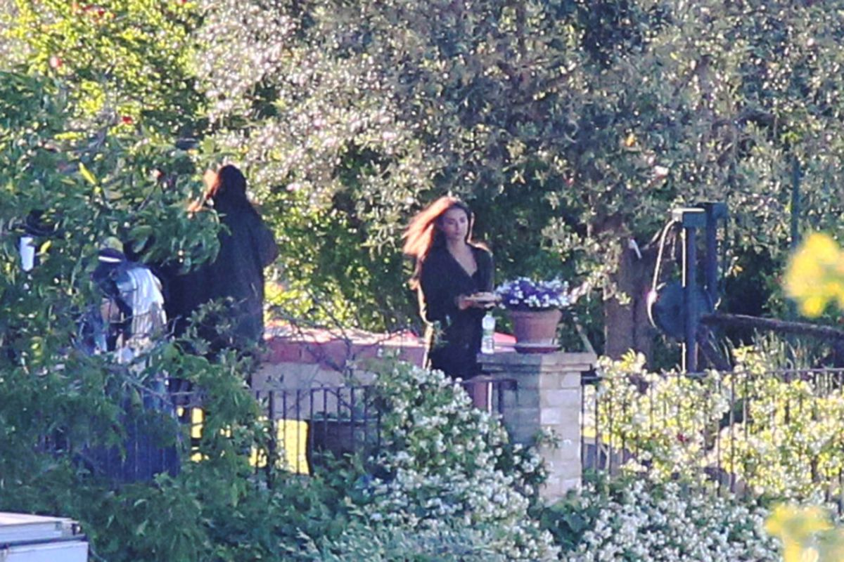 EMILY RATAJKOWSKI on the Set of Welcome Home in Todi 05/28