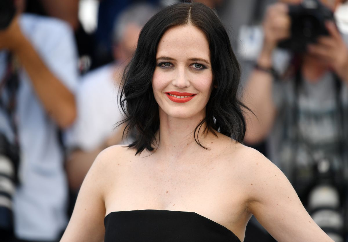 EVA GREEN at Based on a True Story Photocall at 2017 ...