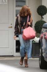 EVA MENDES Leaves Epione Cosmetic Clinic in Beverly Hills 05/11/2017