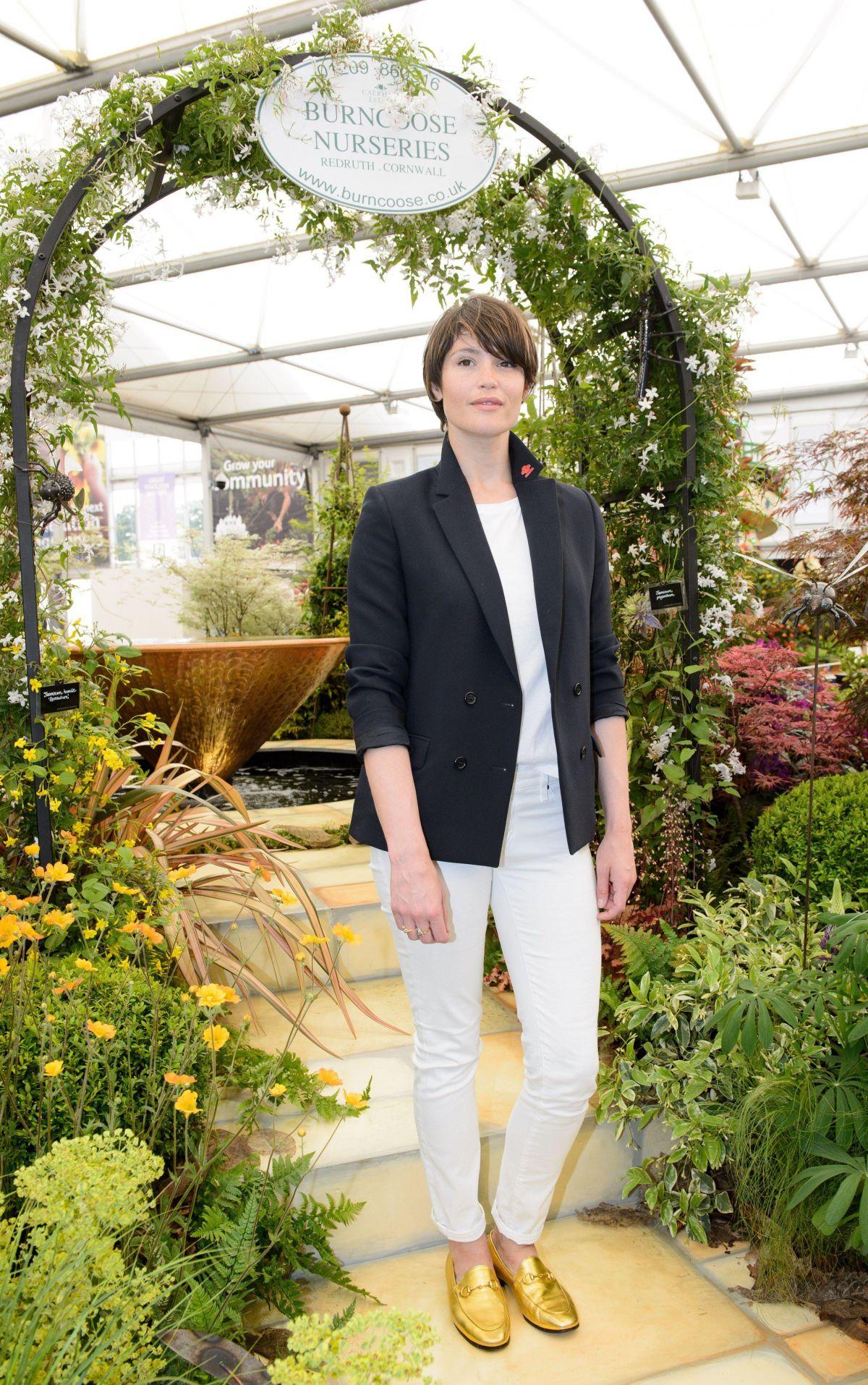 gemma arterton at 2017 rhs chelsea flower show in london. Black Bedroom Furniture Sets. Home Design Ideas