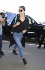 HAILEE STEINFELD Arrives at LAX Airport in Los Angeles 04/30/2017